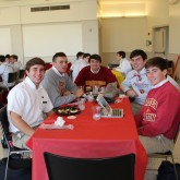 Alumni Office Hosted 2nd Quarter Senior Lunch