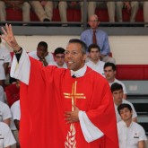 Crusaders Learn to Carry Out the Gospel at Easter Liturgy